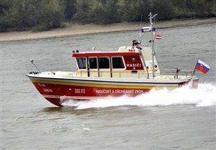 slovenskym hasicom kupili lod