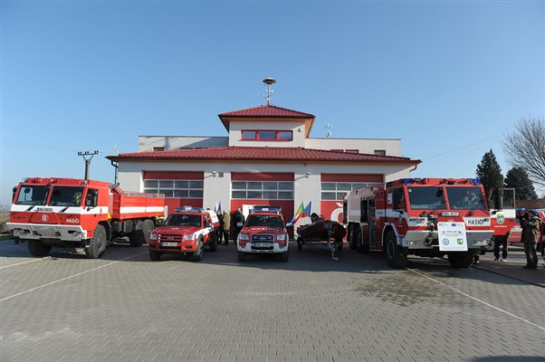 SOS.raft - ceremony of acquisition of new Firetruck in Breclav