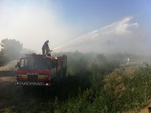 DHZ POLE deployed to fight a fire near Trstice, Dunajská Streda